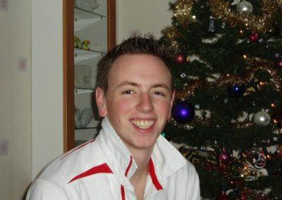 Simon, Dec 2003